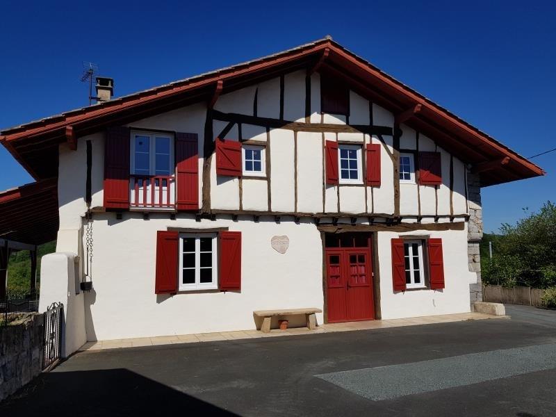 Deluxe sale house / villa Espelette 562000€ - Picture 1