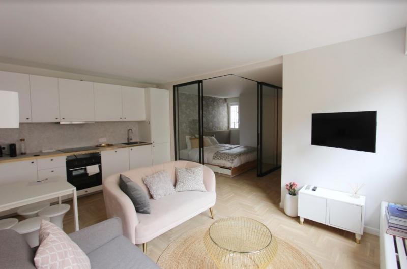 Sale apartment Paris 3ème 595000€ - Picture 2