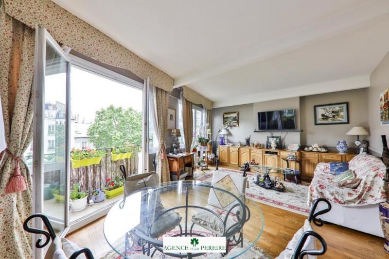 Deluxe sale apartment Paris 17ème 1050000€ - Picture 2