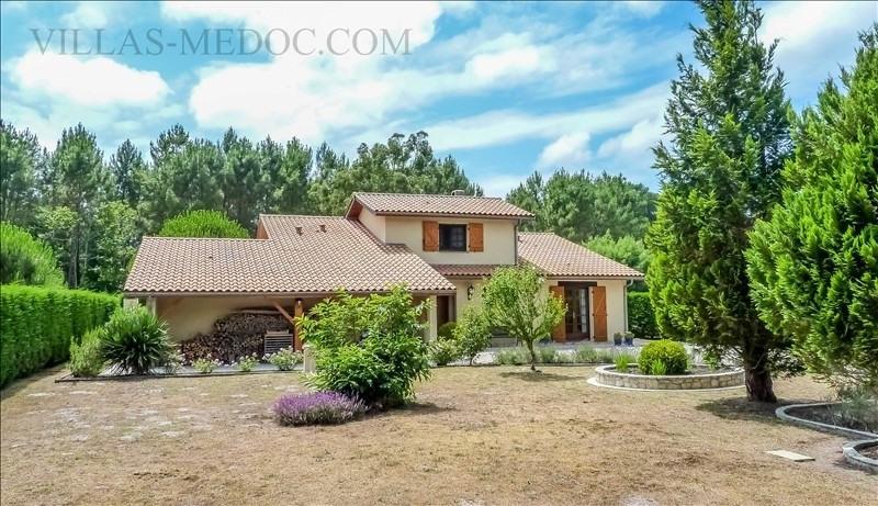 Sale house / villa Grayan et l hopital 380000€ - Picture 1