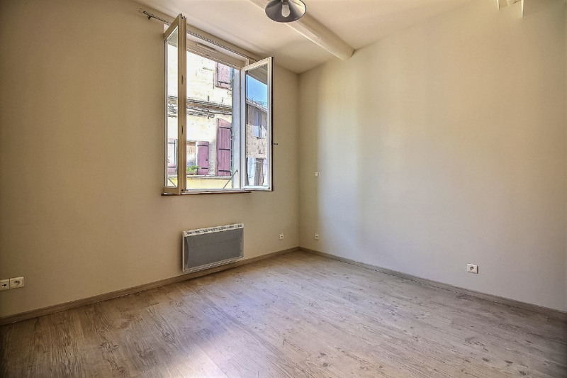 Location appartement Saint gilles 400€ +CH - Photo 5