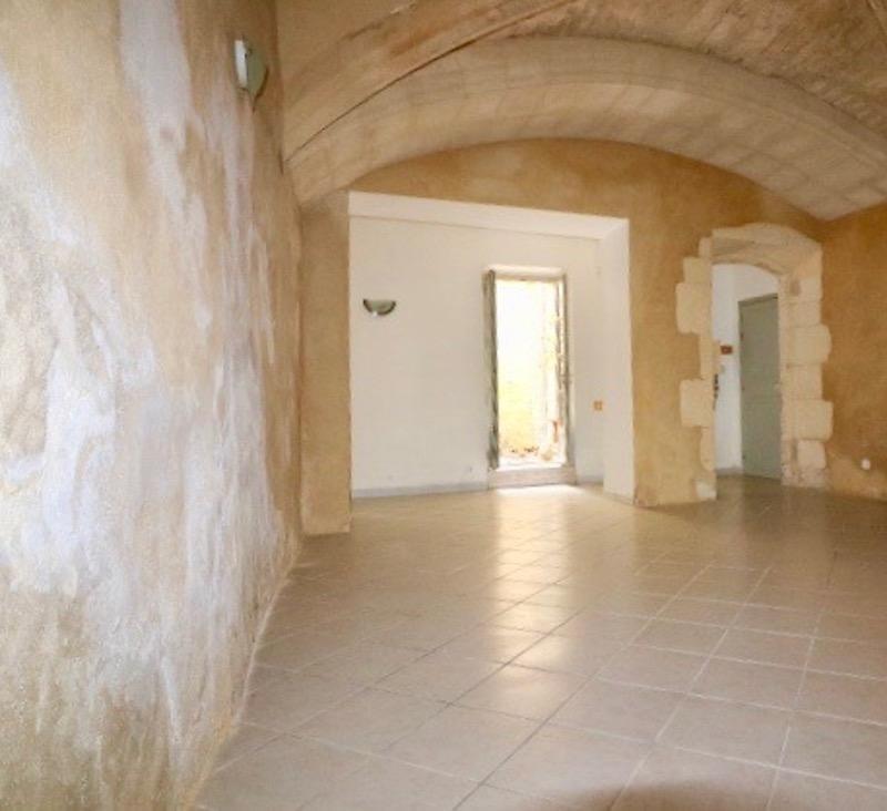 Verkoop  appartement Arles 180000€ - Foto 9