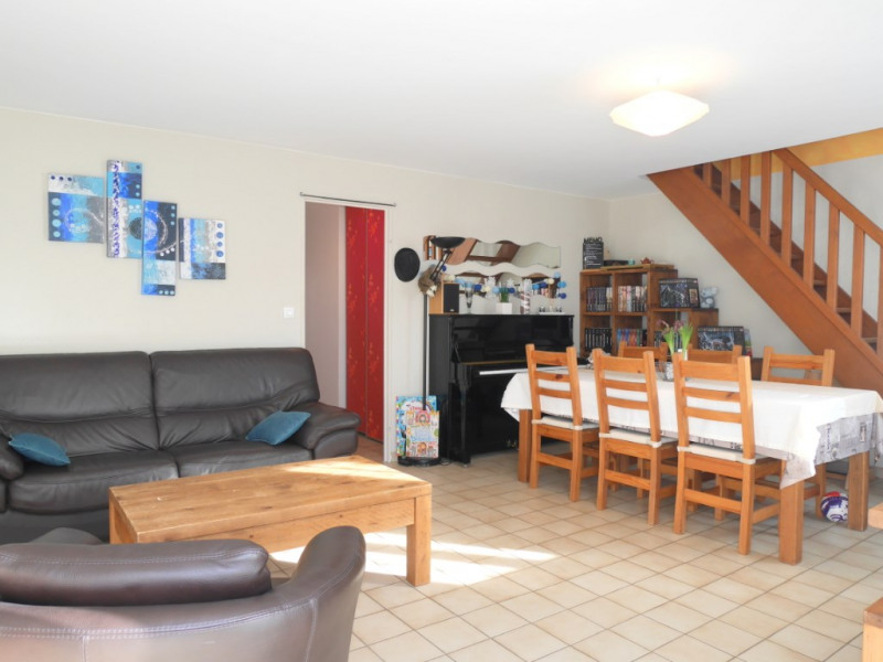 Sale house / villa Montfort sur meu 179 740€ - Picture 1