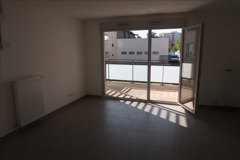 Location appartement Francheville 730€ CC - Photo 3