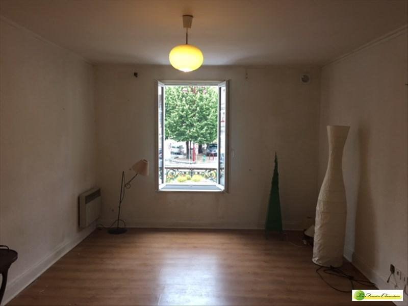 Location appartement La couronne 298€ CC - Photo 2