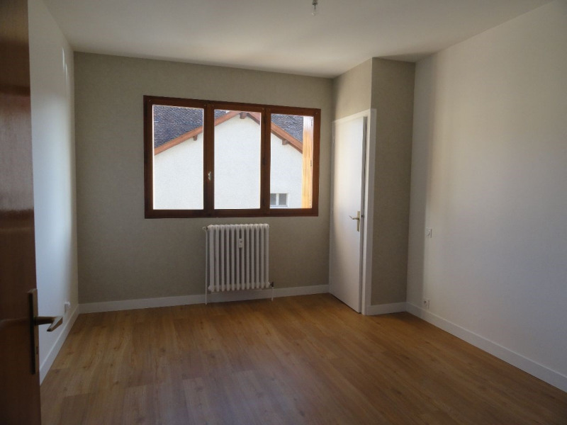 Location appartement Annecy 920€ CC - Photo 3