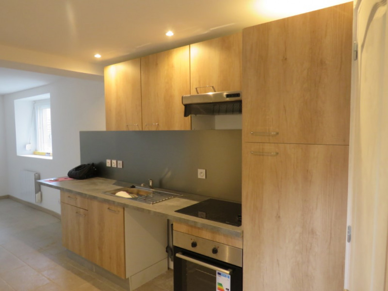 Location maison / villa Courbeveille 410€ CC - Photo 1