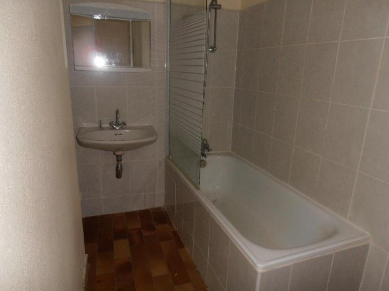 Rental apartment Nantua 315€ CC - Picture 4