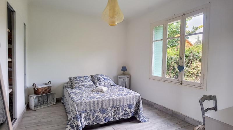 Location maison / villa Aix en provence 1300€ CC - Photo 3