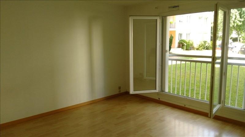 Rental apartment Verneuil sur seine 745€ CC - Picture 2
