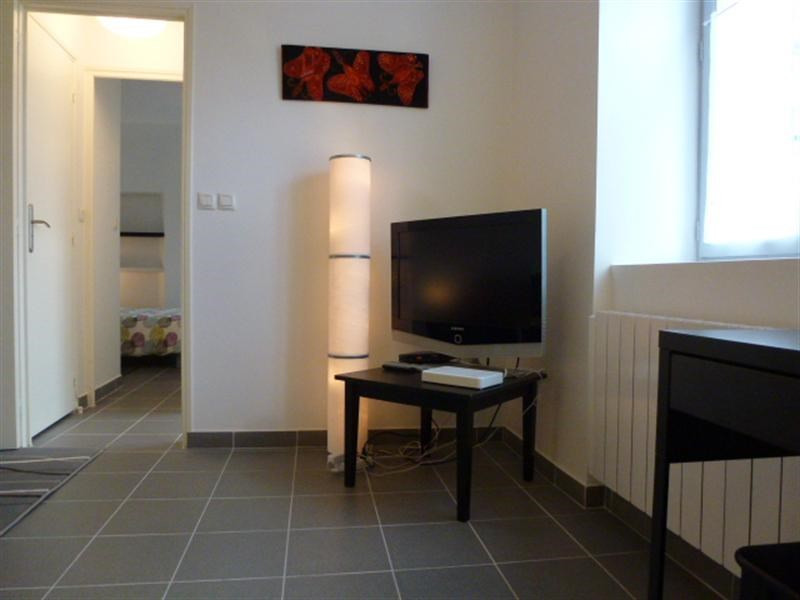 Location appartement Fontainebleau 910€ CC - Photo 6