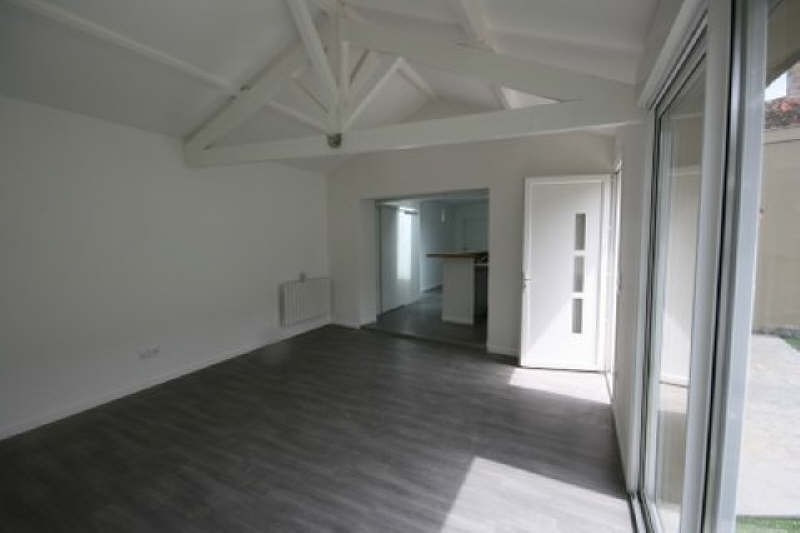 Rental apartment Carbon blanc 758€ CC - Picture 3