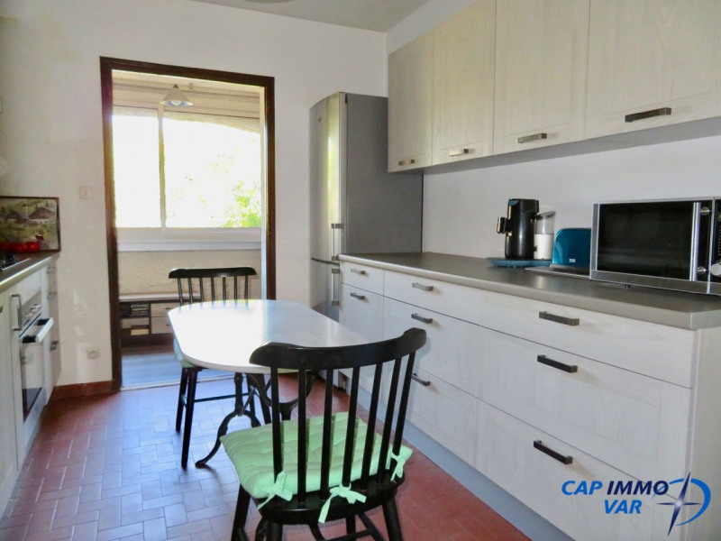 Sale apartment Le beausset 187 000€ - Picture 5