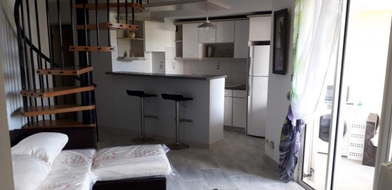 Alquiler  apartamento Saint gilles les bains 1300€ CC - Fotografía 1