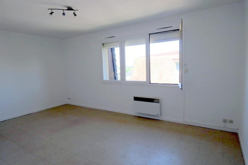 Rental apartment Conches en ouche 355€ CC - Picture 2