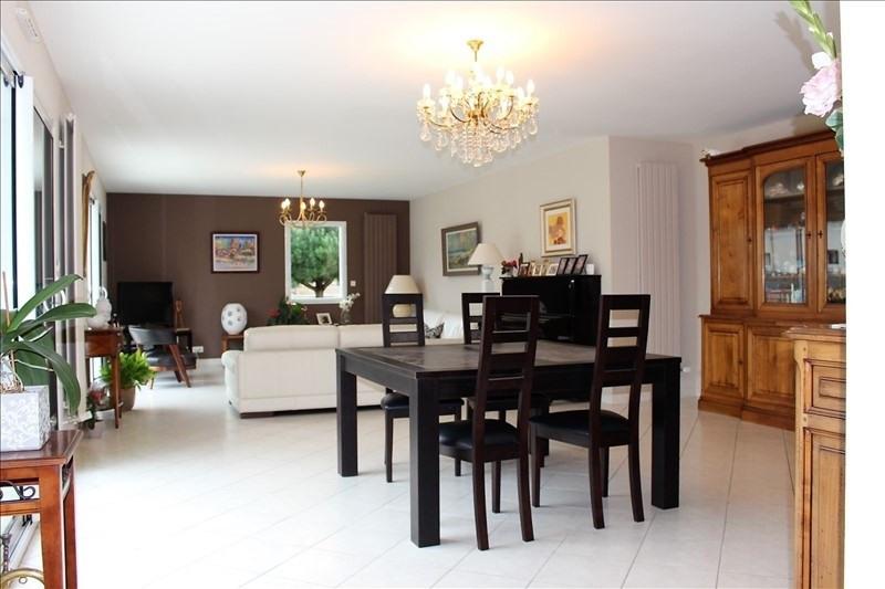 Deluxe sale house / villa Lorient 682500€ - Picture 3