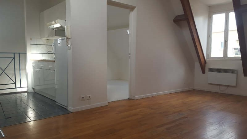 Location appartement St germain en laye 1 277€ CC - Photo 1