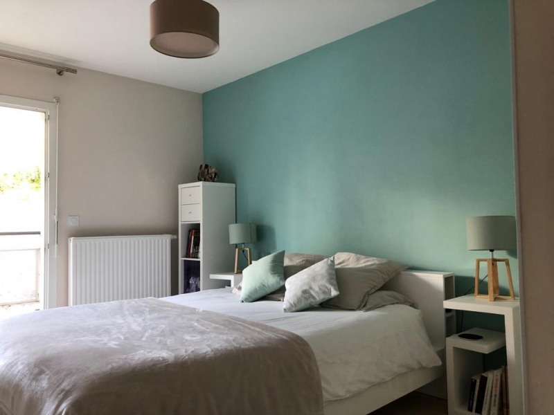 Sale apartment Gex 430000€ - Picture 2