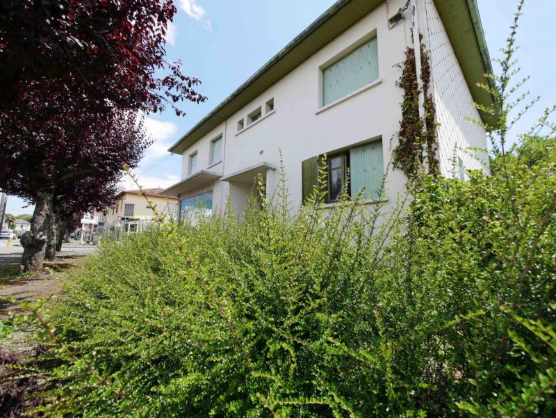 Sale building Tarbes 175 000€ - Picture 1