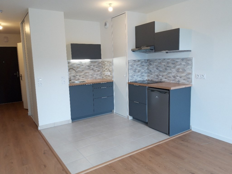 Rental apartment Saint ave 477€ CC - Picture 1