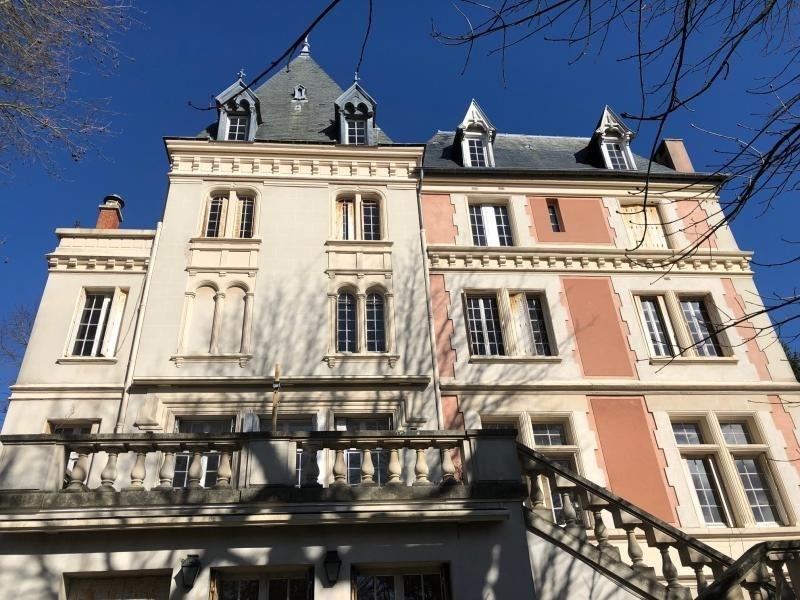 Sale apartment Vaucresson 690000€ - Picture 1