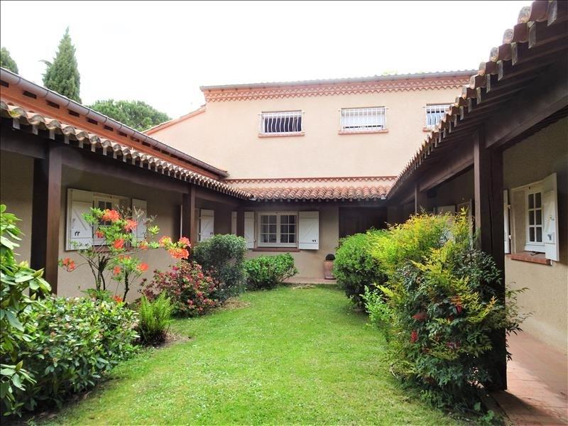 Deluxe sale house / villa Brax 720000€ - Picture 1