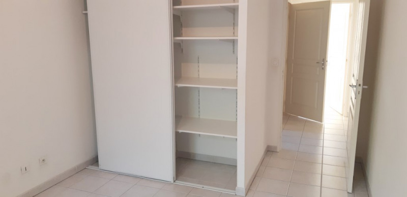 Sale apartment Lambesc 314000€ - Picture 11