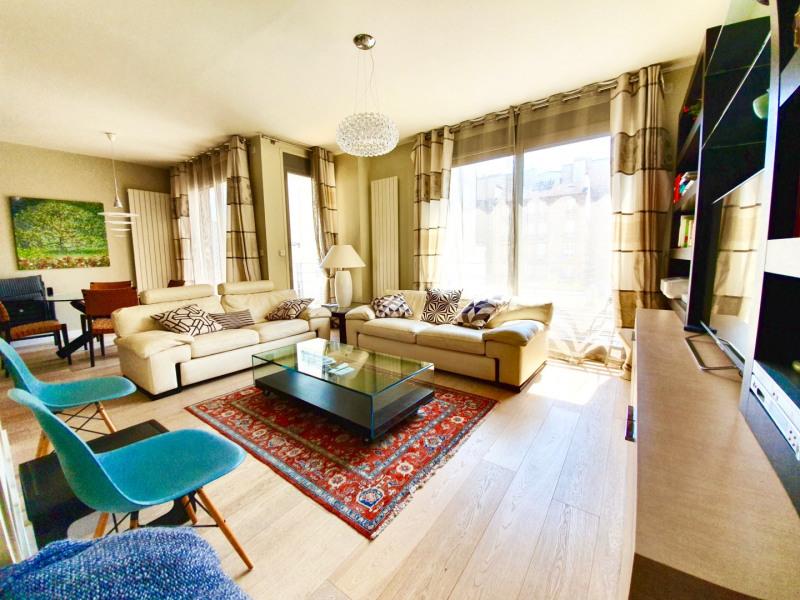 Vente de prestige appartement Paris 15ème 985000€ - Photo 1