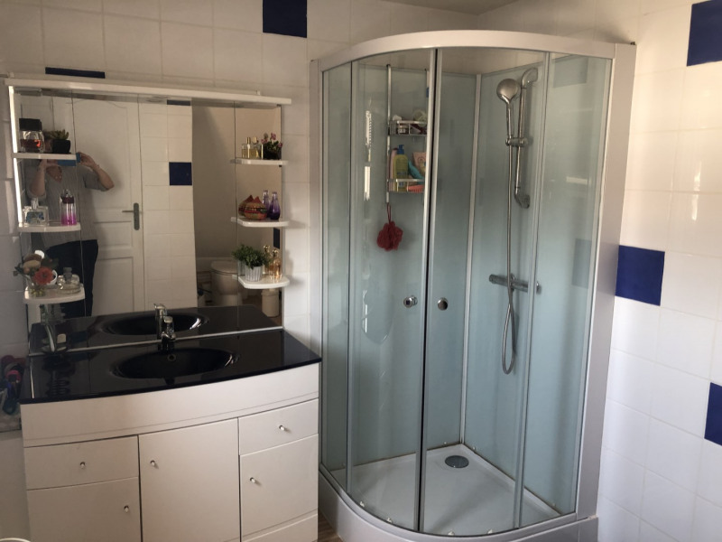 Sale apartment Lille 182 500€ - Picture 11