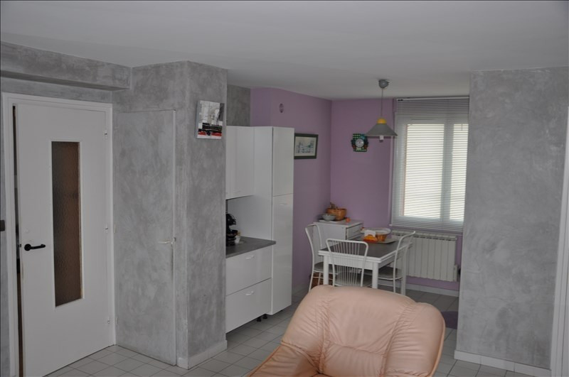 Vente appartement Oyonnax 79 000€ - Photo 2