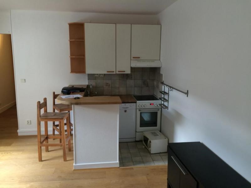 Rental apartment Paris 17ème 1230€ CC - Picture 4