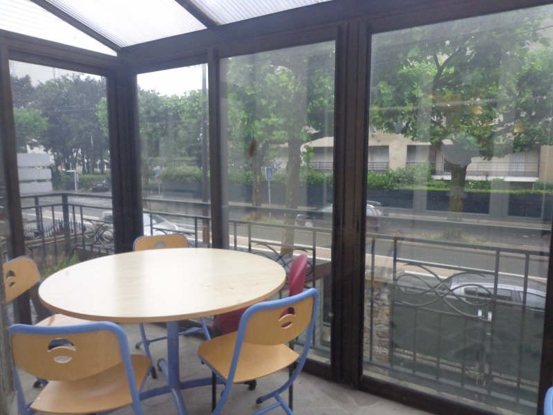 Vente local commercial Montreuil 590 000€ - Photo 2