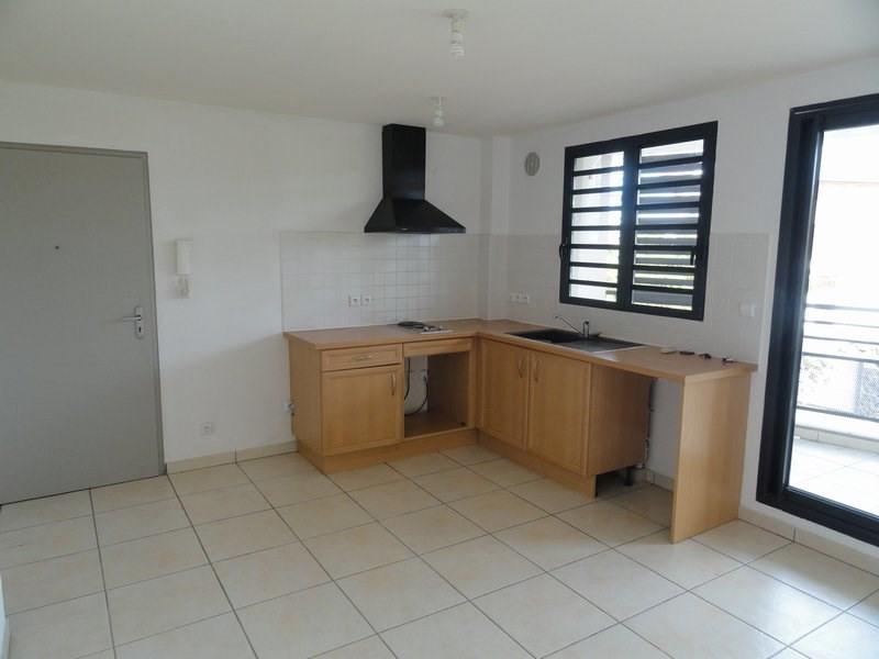 Location appartement La possession 550€ CC - Photo 4