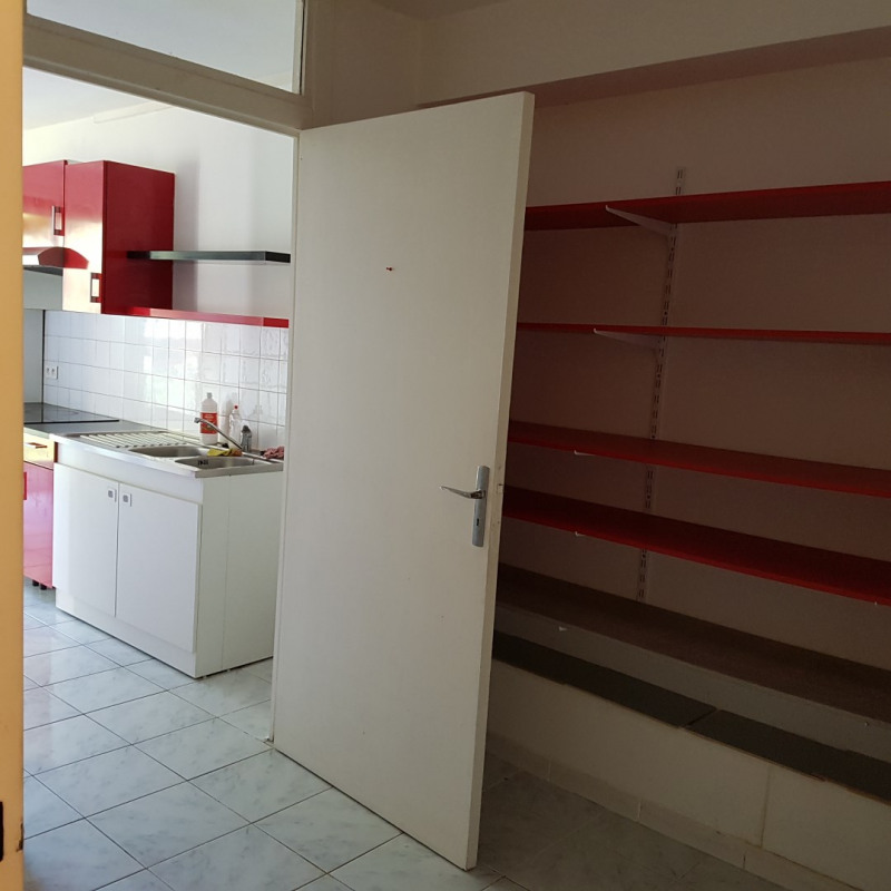 Rental apartment Aix-en-provence 950€ CC - Picture 4