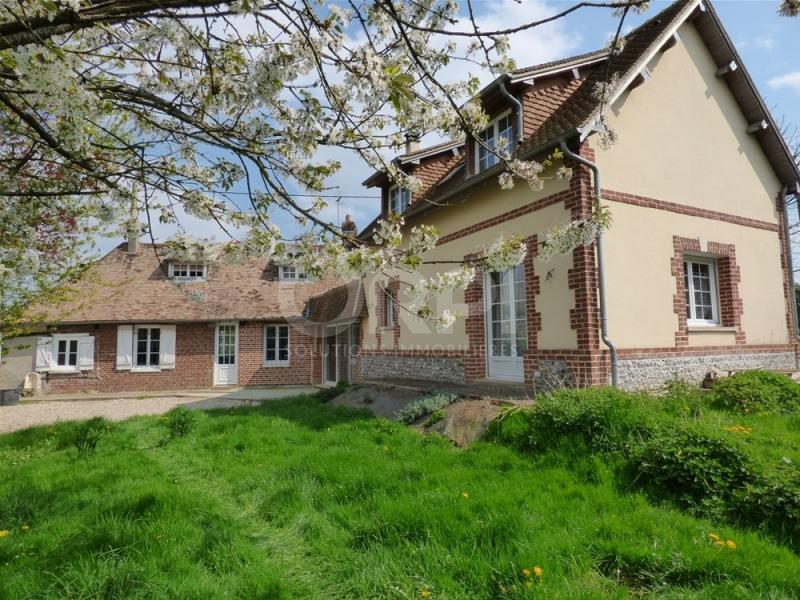 Sale house / villa Saint-clair-sur-epte 237000€ - Picture 1
