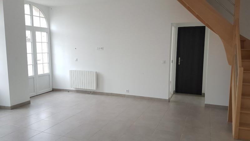 Rental house / villa Laval 665€ CC - Picture 4
