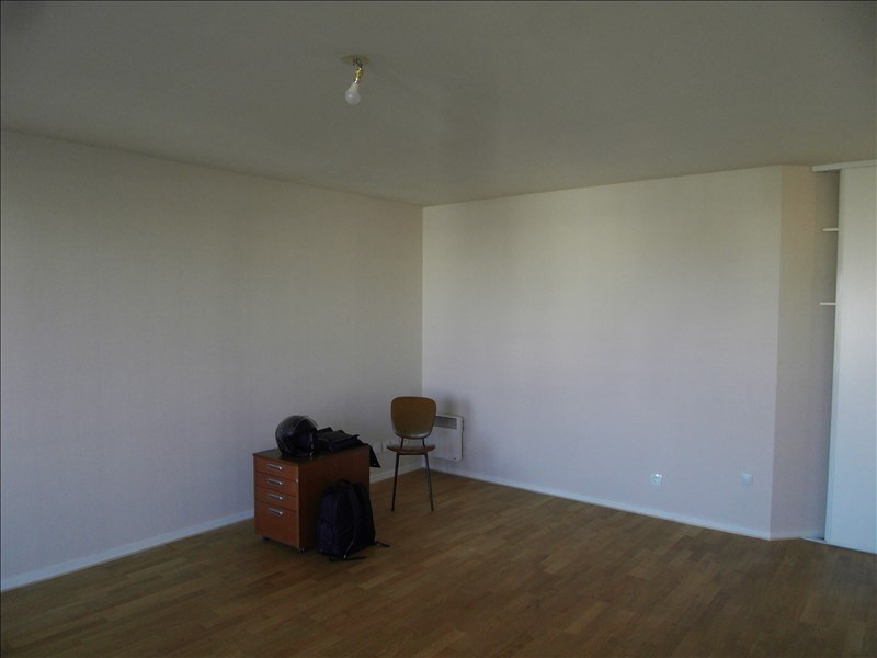 Sale apartment Nanterre 220 000€ - Picture 3
