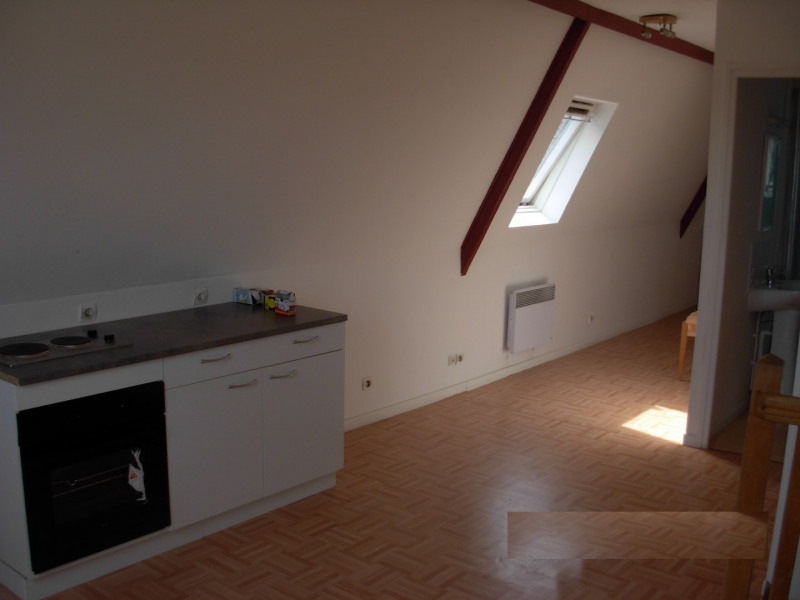 Rental apartment Saint omer 420€ CC - Picture 2