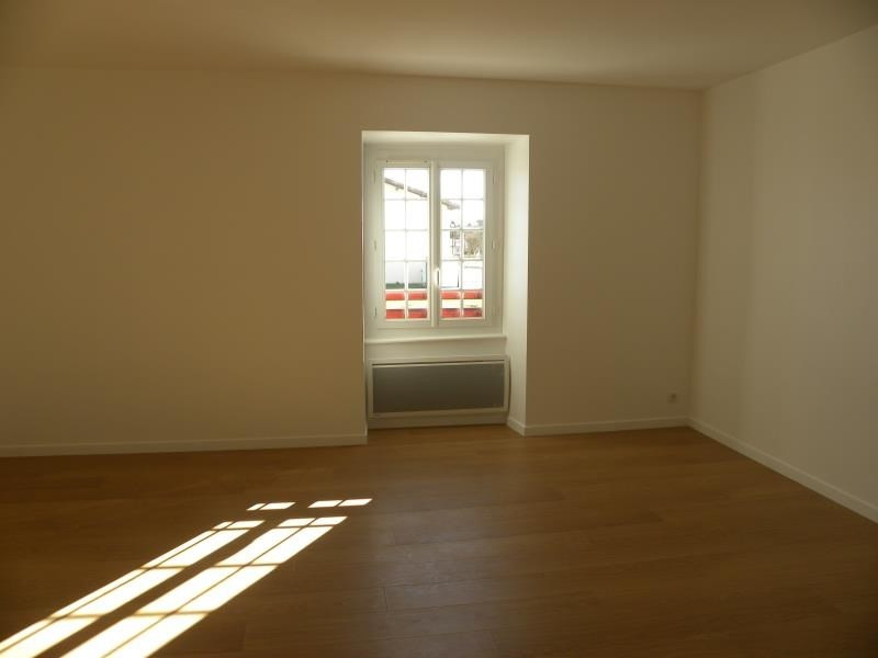 Rental apartment St palais 620€ CC - Picture 3