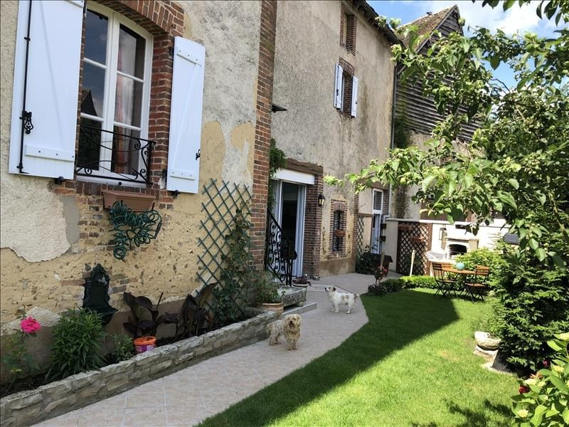 Sale house / villa Champignelles 190 800€ - Picture 1