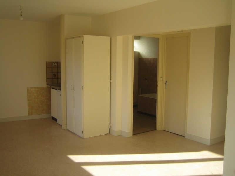 Location appartement Perigueux 320€ CC - Photo 2