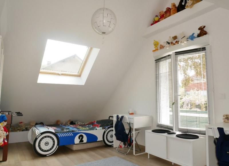 Sale house / villa Poissy 549000€ - Picture 10