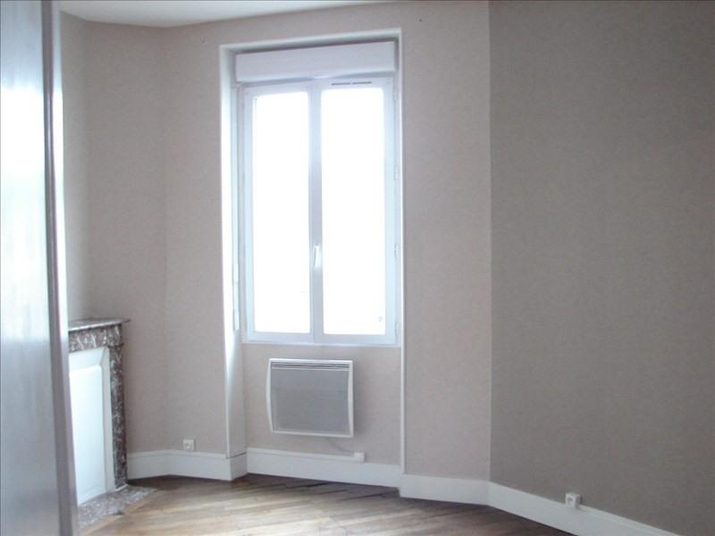 Sale house / villa Villedômer 133120€ - Picture 5