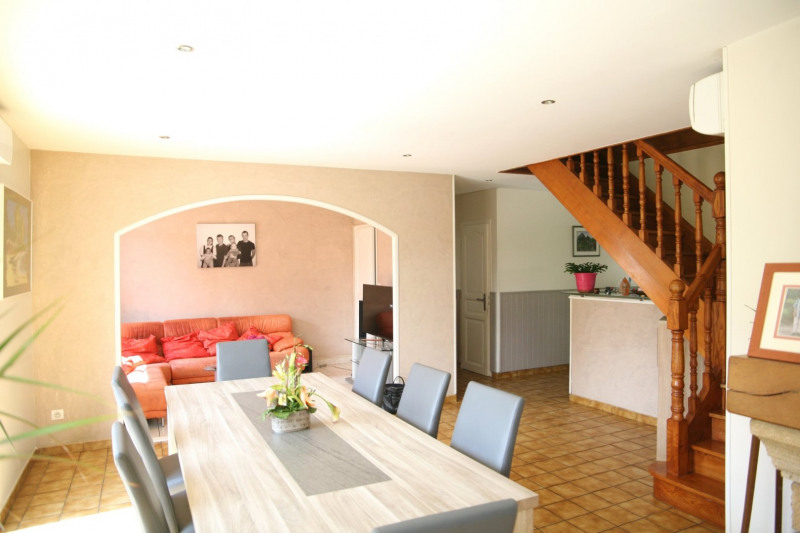 Deluxe sale house / villa St genis les ollieres 589 000€ - Picture 2