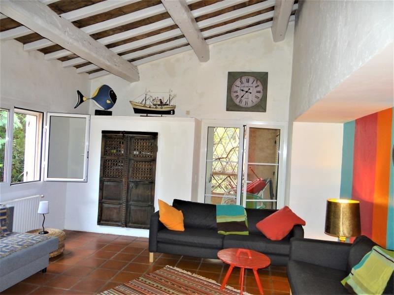 Deluxe sale house / villa Cavalaire sur mer 850000€ - Picture 3