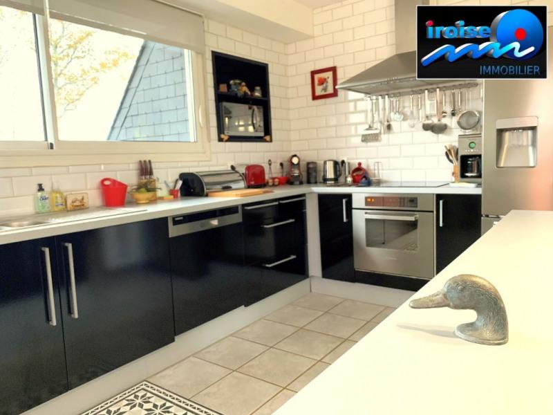 Deluxe sale house / villa Brest 382500€ - Picture 2