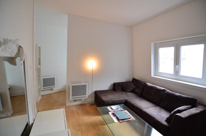 Rental apartment Paris 7ème 870€ CC - Picture 1
