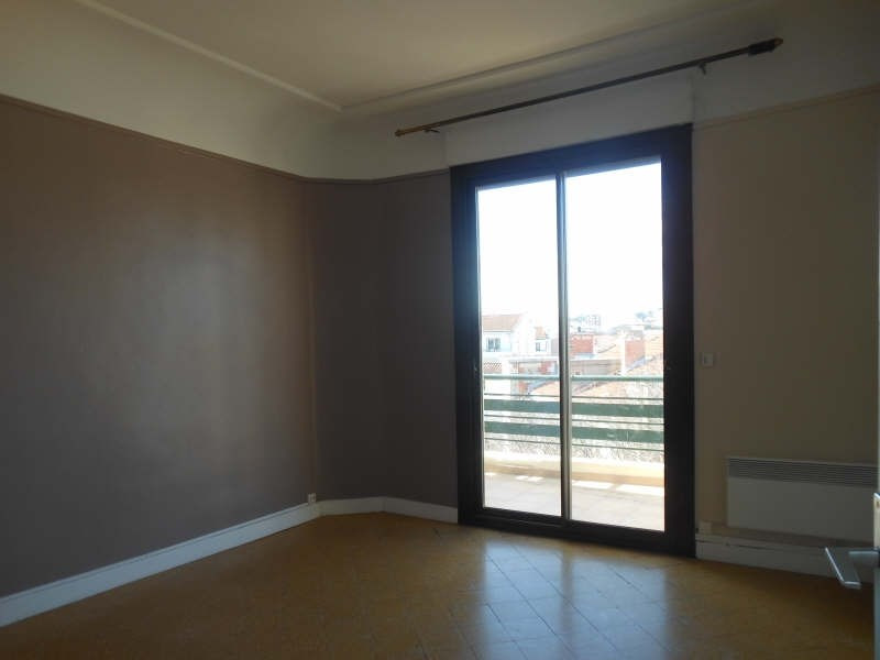 Rental apartment Nimes 745€ CC - Picture 3