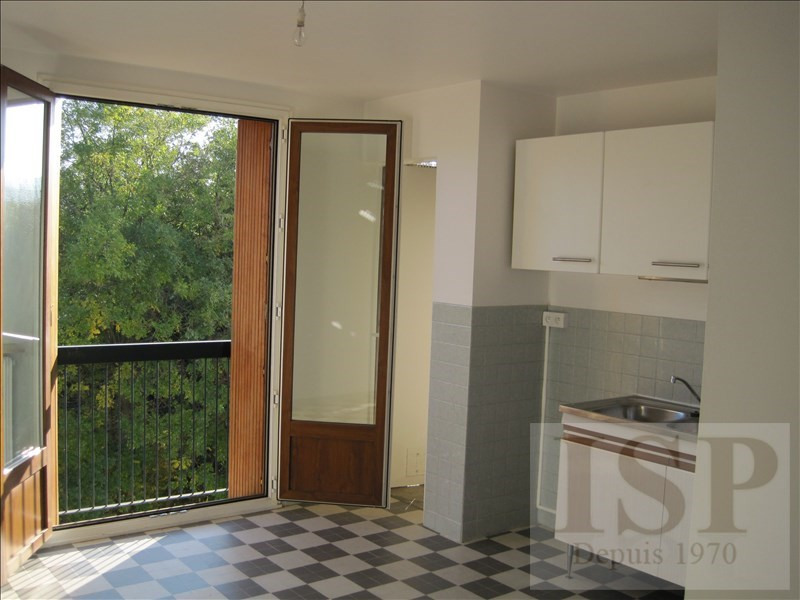 Rental apartment Aix en provence 810€ CC - Picture 3