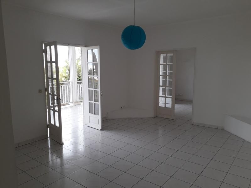 Rental house / villa Grand bois 986€ CC - Picture 3